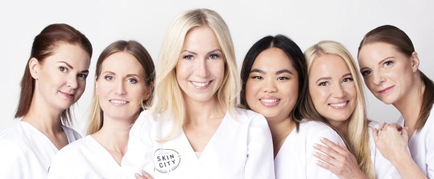 Jag och några av mina hudterapeutkollegor på Skincity