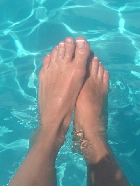Fina sommar fötter