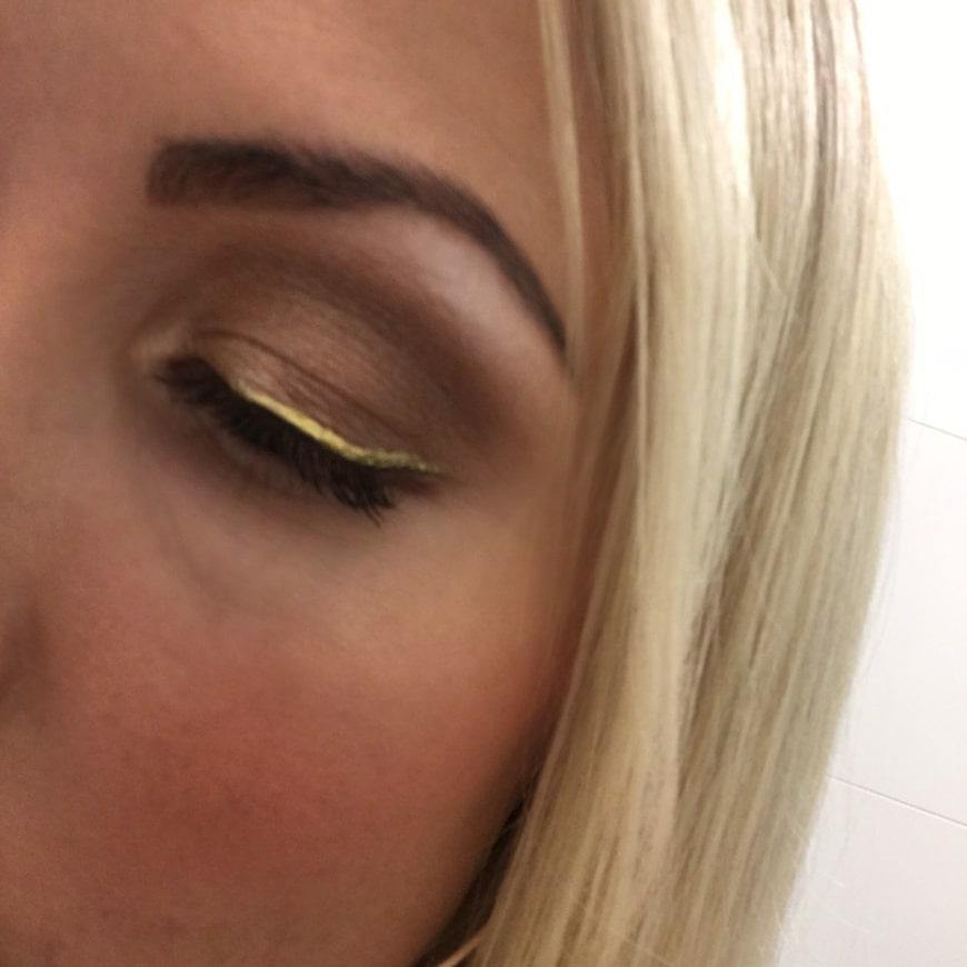 guld eyeliner