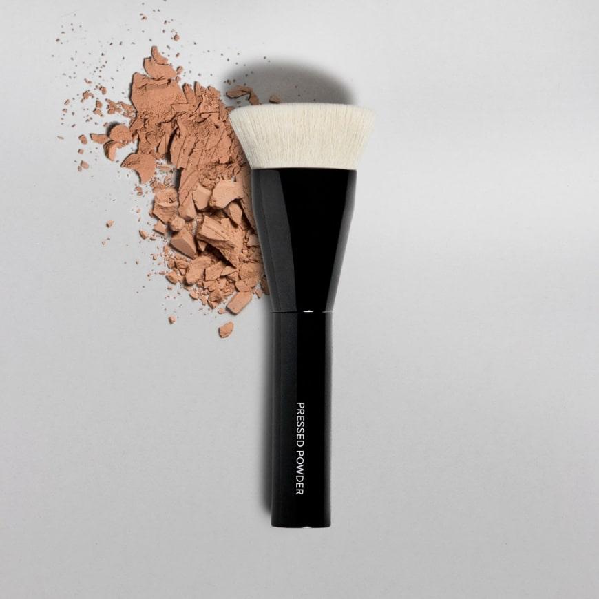 MAKETHEMAKE Pressed Powder Brush