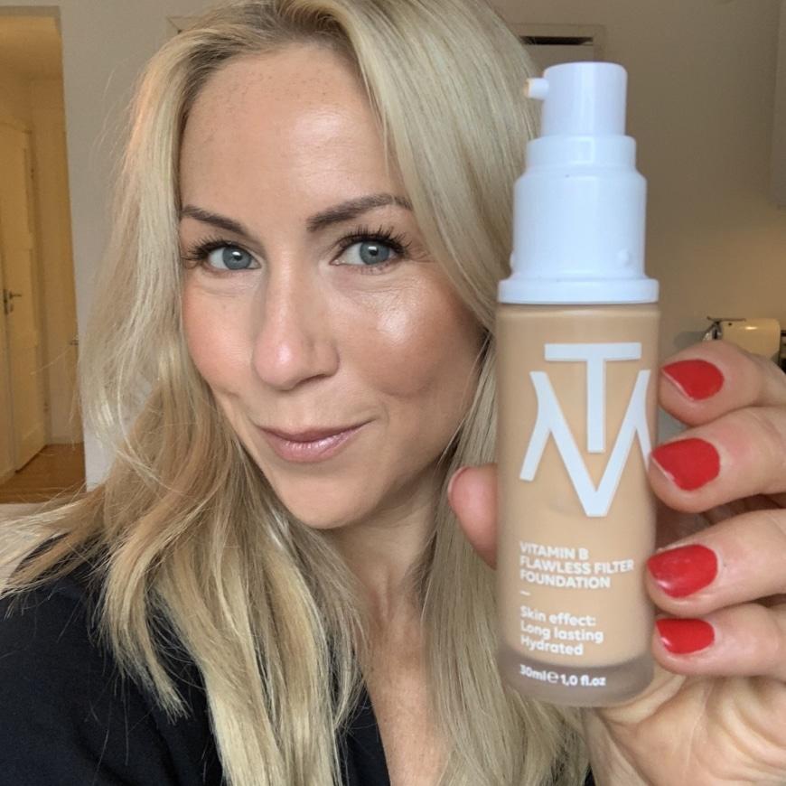 Vitamin B Flawless Filter Foundation