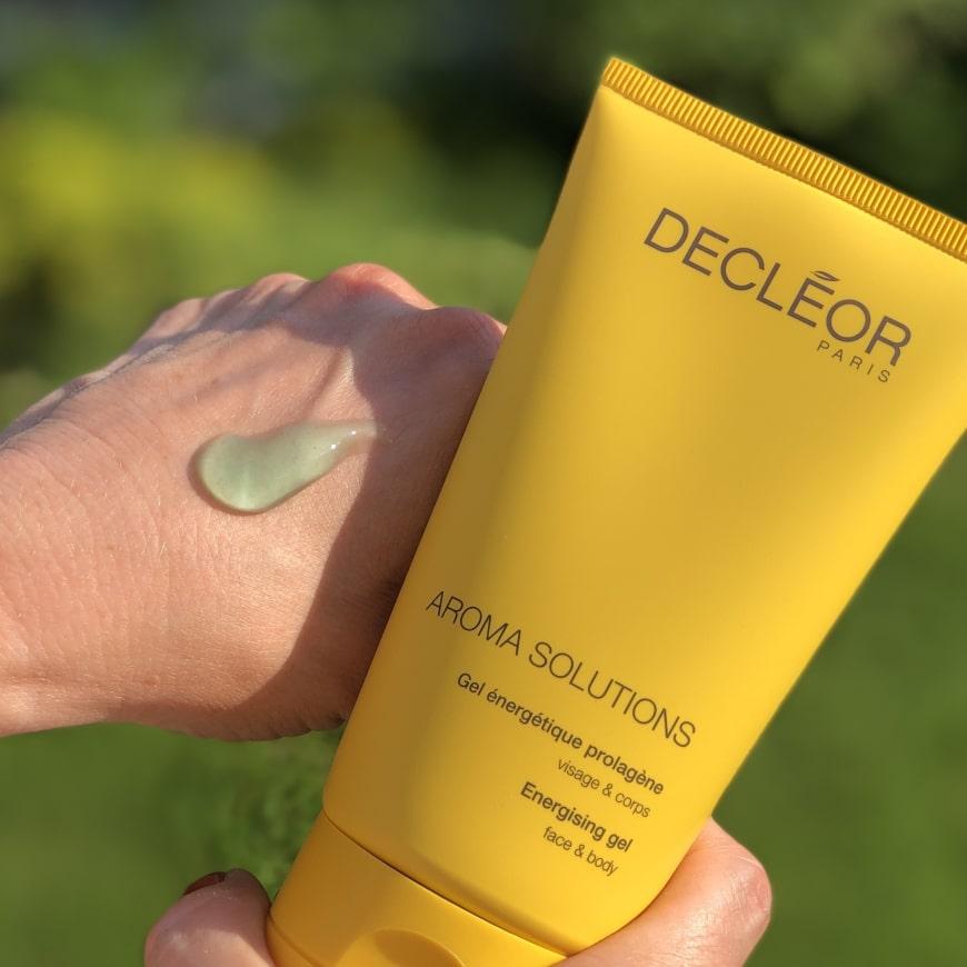 Decleor Energizing gel på en hand