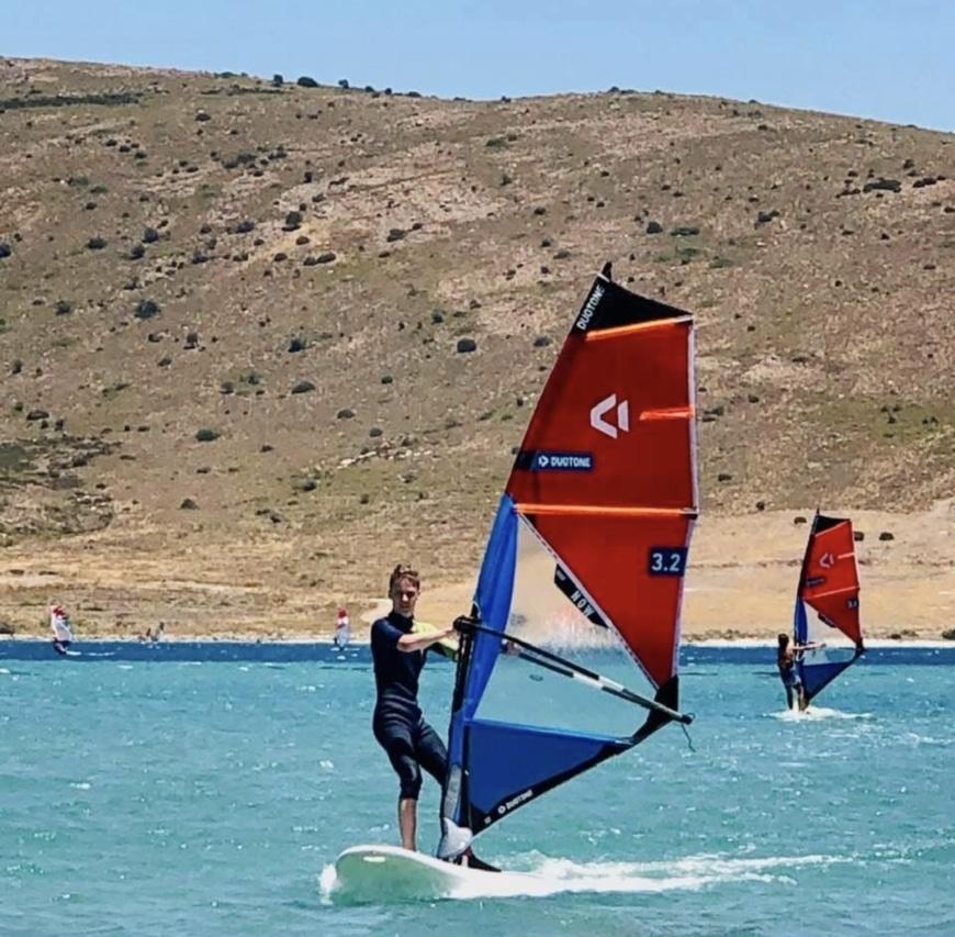Filip windsurfing