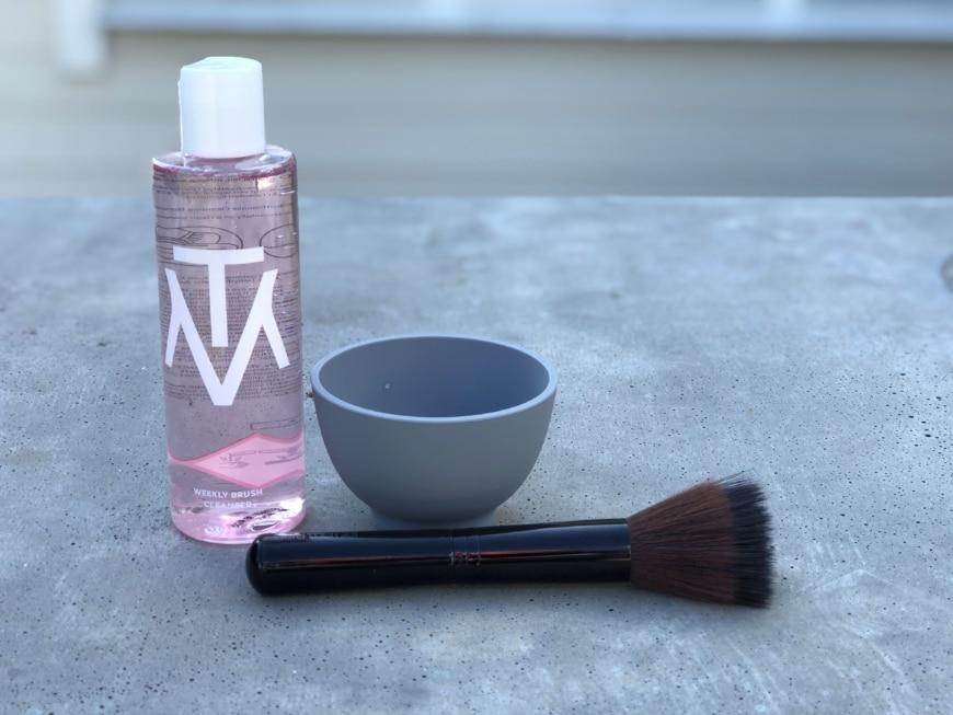 Make the make borstrengöring, rengöringsskål och makeupborste