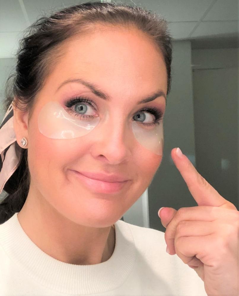 Bild på ansikte med eye patches