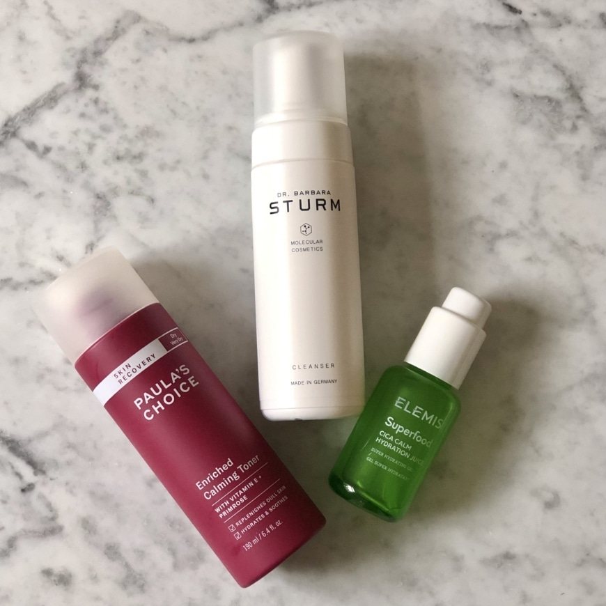 Paulas Choice Skin Recovery toner, dr.barbara sturm cleanser och Elemis Superfood hydration juice