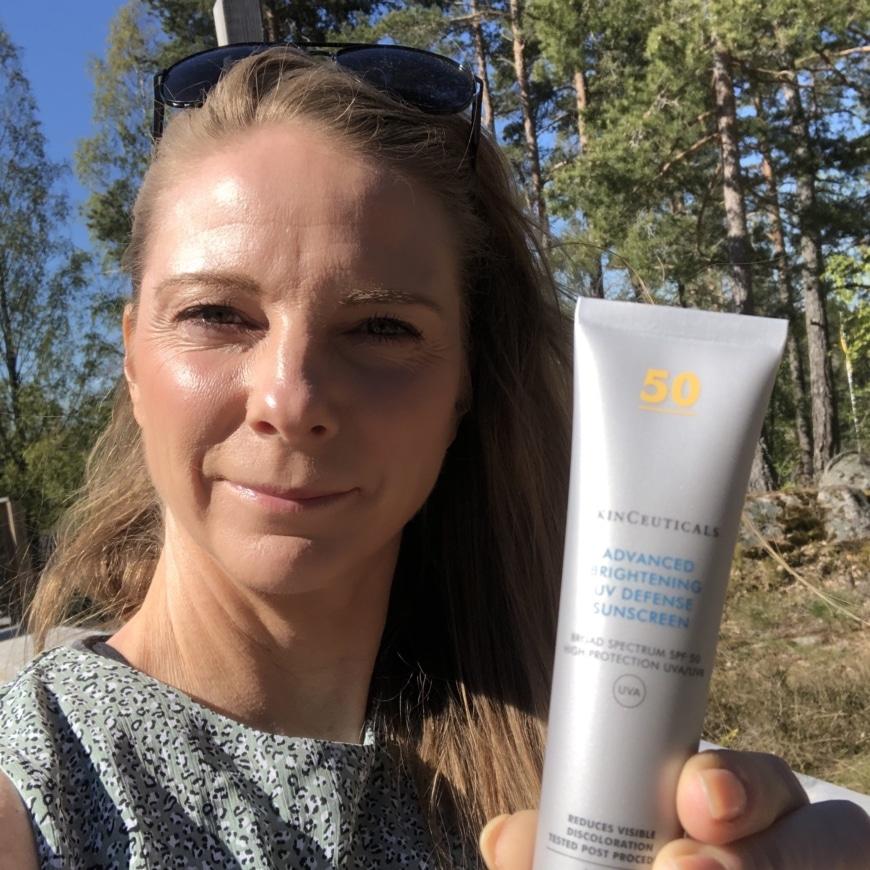 Yasemin med Advanced Brightening UV Defense sunscreen spf 50