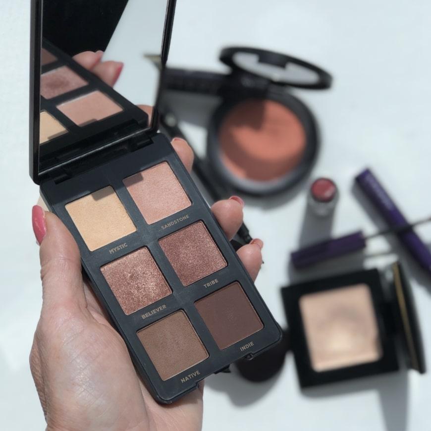 Yasemins makeuprutin Bareminerals Gen Nude eye shadow palette
