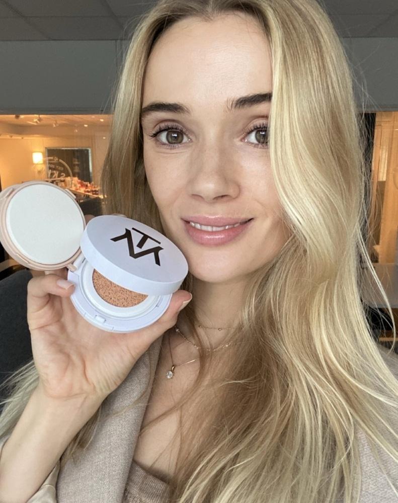 Sara med nya mtm foundation