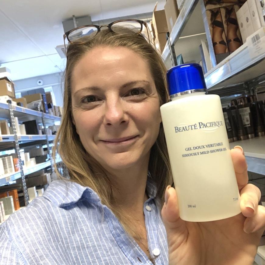 Yasemin med BP seriously mild shower gel