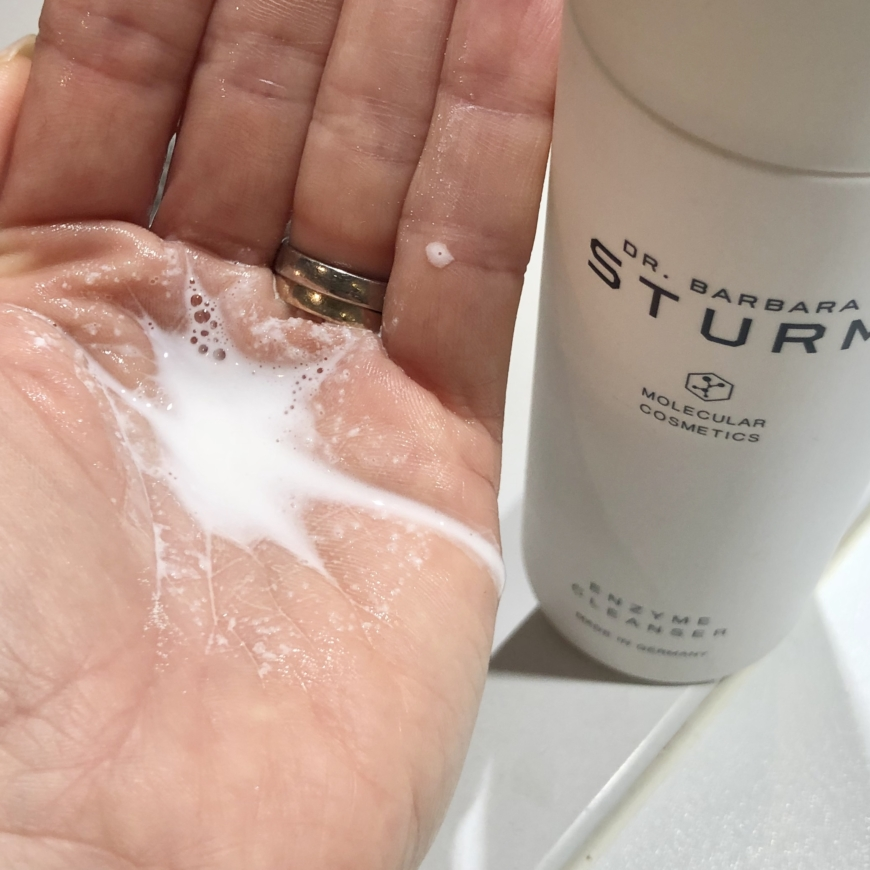 Dr.Barbara Sturm Enzyme Cleanser