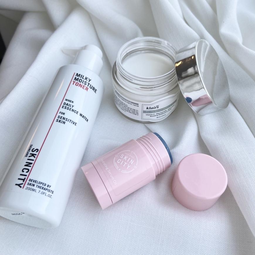 Milky moisture Toner, Hydrating Serum Oil Stick och Freshly Juiced Vitamin e mask