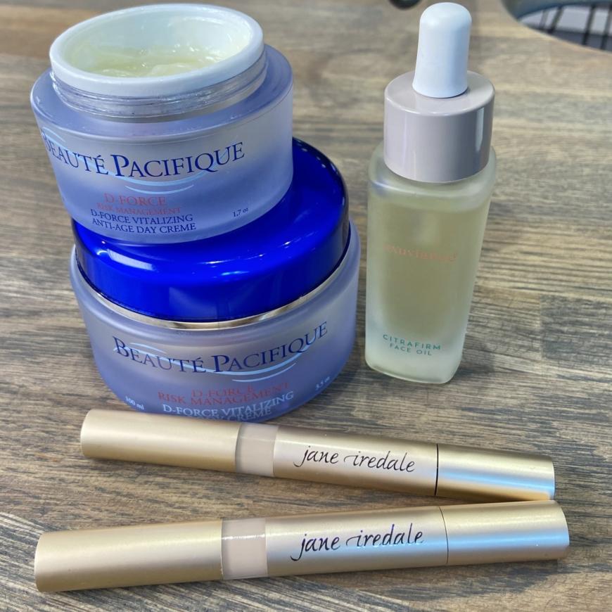 produkter från Beauté Pacifique, Exuviance och Jane Iredale