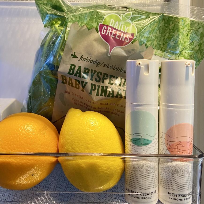 skinomeprodukter i kylskåp